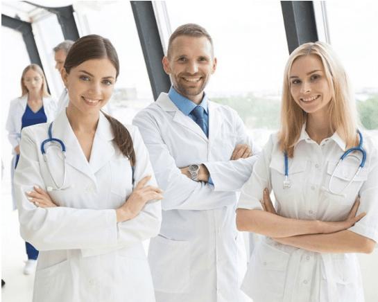 lekarze specjaliści vitalonga